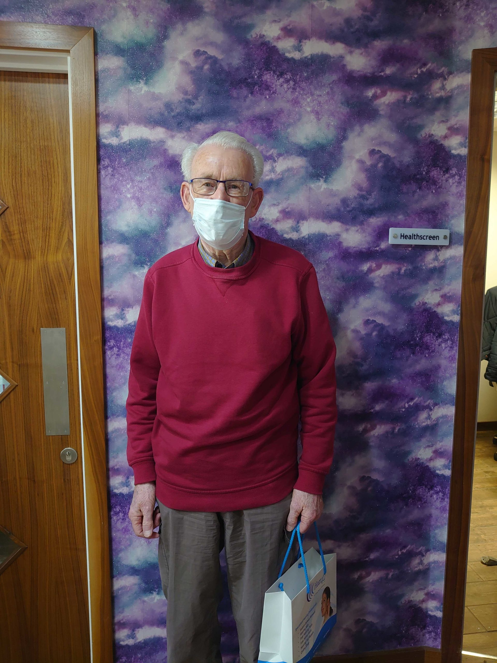 Read more about the article Local Royal Air Force Veteran Mr John Sim